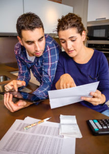 Overcome Financial Challenges With These Handy Tips